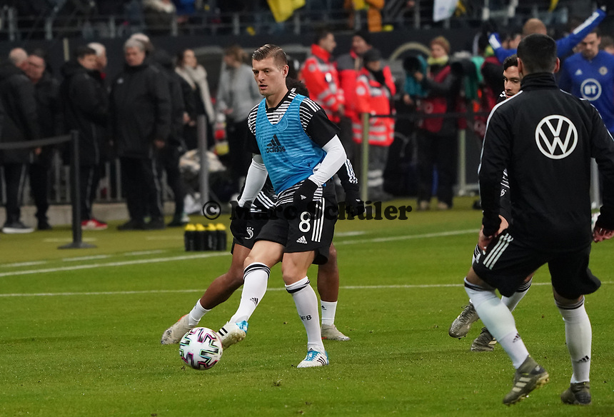 Toni Kroos (Deutschland Germany) - 19.11.2019: Deutschland vs. Nordirland, Commerzbank Arena Frankfurt, EM-Qualifikation DISCLAIMER: DFB regulations prohibit any use of photographs as image sequences and/or quasi-video.