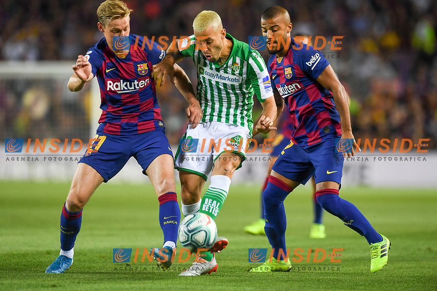 FOOTBALL: FC Barcelone vs Real Betis - La Liga-25/08/2019<br /> Frenkie De Jong (FCB), Canales, (Betis), Rafinha (FCB)<br />  <br /> 25/08/2019 <br /> Barcelona - Real Betis  <br /> Calcio La Liga 2019/2020  <br /> Photo Paco Largo/Panoramic/insidefoto