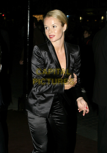 AMANDA HOLDEN.Woman In White Press Night, Palace Theatre, Shaftesbury Avenue, London.September 15th, 2004.half length, black silk, satin jacket, suit.www.capitalpictures.com.sales@capitalpictures.com.© Capital Pictures.