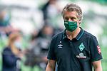 Frank Baumann (Geschäftsführer Fußball Werder Bremen) mit CORONA Gesichtsmaske<br /> <br /> <br /> Sport: nphgm001: Fussball: 1. Bundesliga: Saison 19/20: 34. Spieltag: SV Werder Bremen vs 1.FC Koeln  27.06.2020<br /> <br /> Foto: gumzmedia/nordphoto/POOL <br /> <br /> DFL regulations prohibit any use of photographs as image sequences and/or quasi-video.<br /> EDITORIAL USE ONLY<br /> National and international News-Agencies OUT.