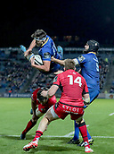 29th September 2017, RDS Arena, Dublin, Ireland; Guinness Pro14 Rugby, Leinster Rugby versus Edinburgh; Max Deegan (Leinster) comes down with the high ball