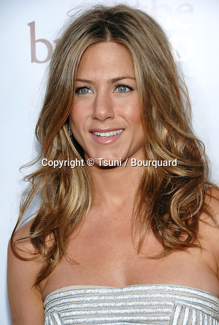 Jennifer Aniston arriving at The BREAK UP Premiere at the Westwood Village Theatre in Los Angeles. May 22, 2006.