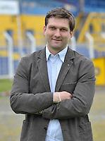 Carsten Hänsel / Haensel wird am Freitag (24.05.2013) als neuer Trainer des 1. FC Lokomotive Leipzig vorgestellt. Ab der kommenden Regionalliga-Saison wird der Dreißigjährige die erste Mannschaft als Cheftrainer betreuen. .Foto: Christian Nitsche