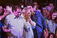 PA - POLITICA -LULA- ** ATENCAO, EDITOR: FOTO EMBARGADA PARA VEICULOS DO ESTADO DO PARA **  ex-presidente Luiz Inacio Lula da Silva participa de comicio do candidato Helder Barbalho pelo PMDB com presenca senador jader barbalho, com dirigentes, lideres, prefeitos e deputados estaduais e federais, promovido pelo PT e PMDB-pa,  arterial 18, ananindeua-para, nesta quarta- feira(15).<br />  <br /> Foto: TARSO SARRAF