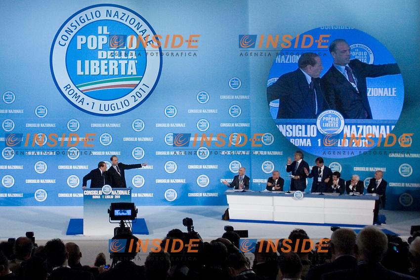 CONSIGLIO NAZIONALE DEL POPOLO DELLA LIBERTA ED ELEZIONE DEL NUOVO SEGRETARIO DEL PARTITO ANGELINO ALFANO...NELLA FOTO SILVIO BERLUSCONI E ANGELINO ALFANO A SINISTRA IL COMITATO DIRETTIVO..ROMA 1 LUGLIO  2011..PHOTO SERENA CREMASCHI INSIDEFOTO..............................