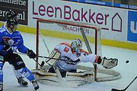 IJSHOCKEY: HEERENVEEN; 20-12-2014, IJsstadion Thialf, UNIS Flyers - Eindhoven Kemphanen 201214, uitslag 7-0, Tyler Holske (#1), ©foto Martin de Jong