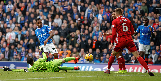28.09.2018 Rangers v Aberdeen: Alfredo Morelos almost gets his first goal but is cleared off the line