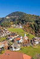 Italy, Alto Adige - Trentino (South Tyrol), Renon: view at village Vanga (Wangen) | Italien, Suedtirol (Alto Adige-Trentino), Ritten: Blick auf Wangen am Ritten mit Dorfkirche