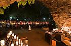 Seniors' last visit to the Grotto, May 13, 2010...Photo by Matt Cashore/University of Notre Dame