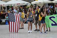 World Youth day Krakow 2016<br /> giovane americana con bandiera Stati Uniti
