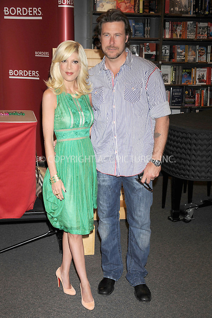 WWW.ACEPIXS.COM . . . . . ....April 17 2009, New York City....TV personality Tori Spelling and Dean McDermott signed copies of her new book ''Mommywood'' at Borders Columbus Circle on April 17, 2009 in New York City.....Please byline: KRISTIN CALLAHAN - ACEPIXS.COM.. . . . . . ..Ace Pictures, Inc:  ..tel: (212) 243 8787 or (646) 769 0430..e-mail: info@acepixs.com..web: http://www.acepixs.com
