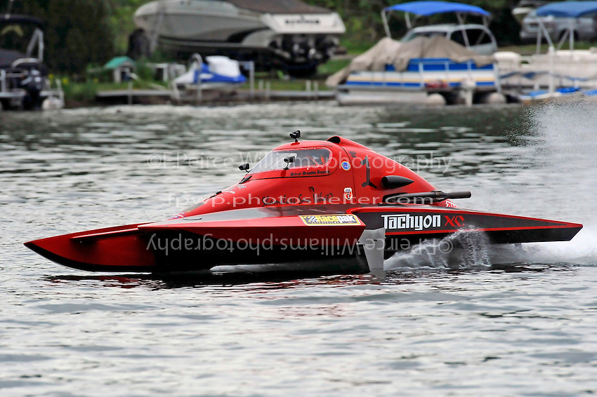 "13-14 June, 2009, APBA Inboards, Walled Lake, Novi, MI. USA.Brandon Kennedy, T-1 ""Shameless Say What?"", 1 Litre Stock hydroplane.©F. Peirce Williams 2009 USA.F.Peirce Williams.photography.ref: RAW (.NEF) File Available"