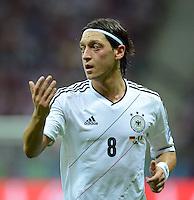 FUSSBALL  EUROPAMEISTERSCHAFT 2012   HALBFINALE Deutschland - Italien              28.06.2012 Mesut Oezil (Deutschland)  ist enttaeuscht