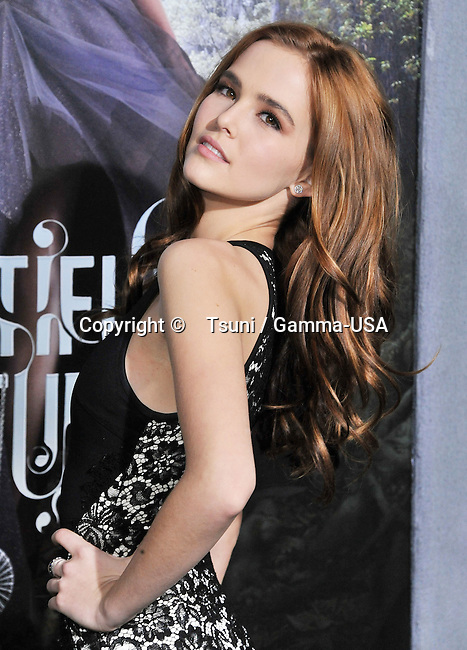 Zoey Deutch _244 at the Beautiful Creatures Premiere at the Chinese Theatre In Los Angeles.