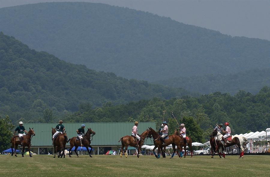 The outdoors around Charlottesville, VA.  Credit Image: © Andrew Shurtleff