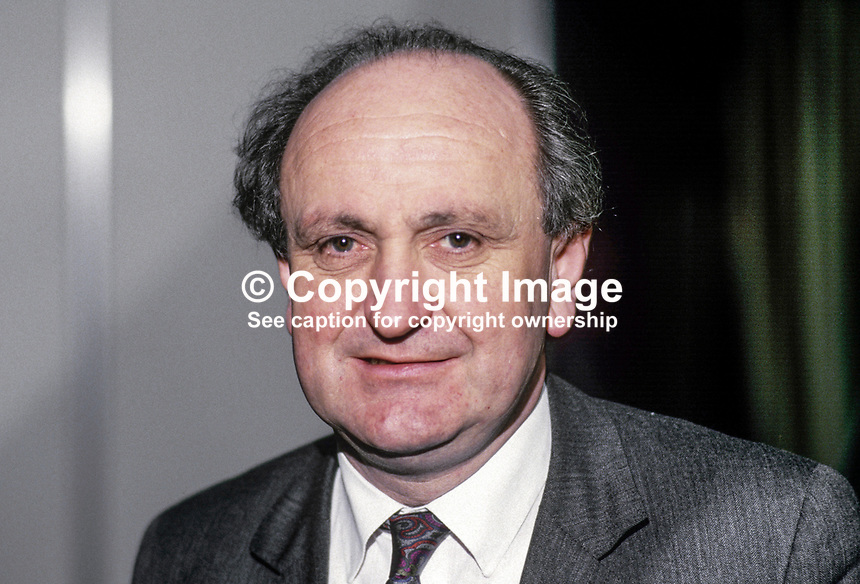 Gerry Collins, TD, Fianna Fail, Minister for Justice, Rep of Ireland, 19880201GC1.<br />