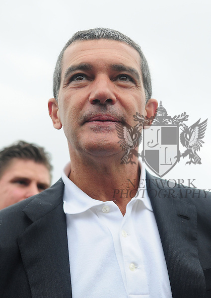 FORT LAUDERDALE, FL - OCTOBER 16: Antonio Banderas attend Allure of the Seas premiere of PUSS IN BOOTS at Port Everglades on October 16, 2011 in Fort Lauderdale, Florida.(Photo by Johnny Louis/jlnphotography.com)