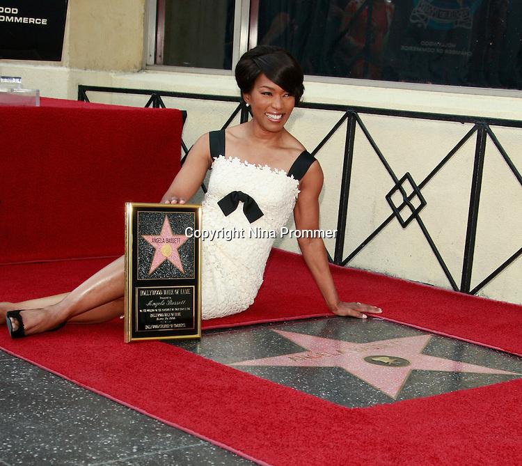 Are Actress angela bassett