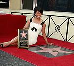 Angela Bassett Star