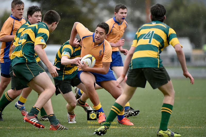 Action from the Hurricanes U15 Rugby Tournament - Wanganui High v Rongotai College at Maidstone Park, Upper Hutt, New Zealand on Tuesday 1 September 2015.<br /> Photo by Masanori Udagawa. www.photowellington.photoshelter.com.