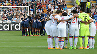 20170601 - CARDIFF , WALES : Lyon's and PSG's team pictured with peptalk before a womensoccer match between the teams of  Olympique Lyonnais and PARIS SG, during the final of the Uefa Women Champions League 2016 - 2017 at the Cardiff City Stadium , Cardiff - Wales - United Kingdom , Thursday 1  June 2017 . PHOTO SPORTPIX.BE | DAVID CATRY