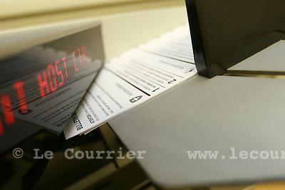 Genève, le 22.02.2008.Machine servant à lecture et au tri des bulletins de vote..© Le Courrier / J.-P. Di Silvestro