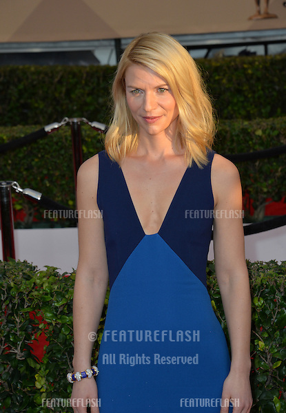 Actress Claire Danes at the 22nd Annual Screen Actors Guild Awards at the Shrine Auditorium. <br /> January 30, 2016  Los Angeles, CA<br /> Picture: Paul Smith / Featureflash