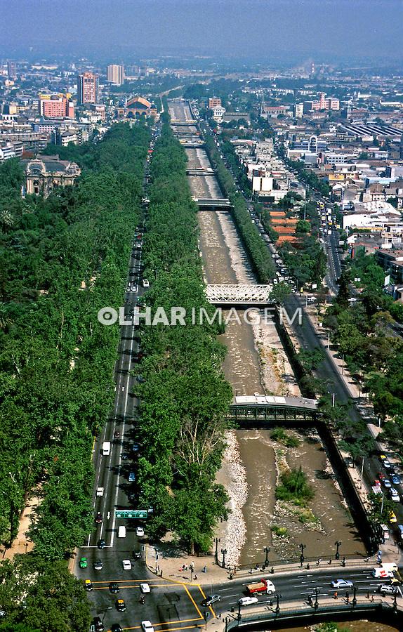 Vista aérea de Santiago do Chile. 1999. Foto de Rogério Reis.