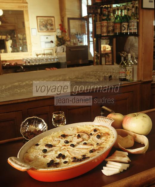 Europe/France/Rhône-Alpes/69/Rhone/Lyon: Cuisine des Bouchons- Gastronomie Lyonnaise - Flan aux Pommes