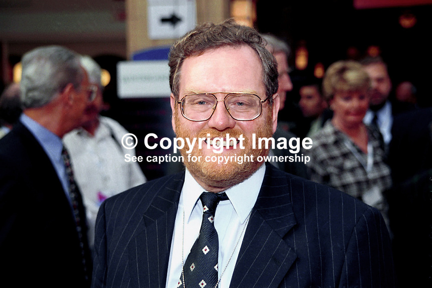 John Spellar, MP, Labour Party, Britain, UK, 199810049..Copyright Image from Victor Patterson, 54 Dorchester Park, Belfast, UK, BT9 6RJ..Tel: +44 28 9066 1296.Mob: +44 7802 353836.Voicemail +44 20 8816 7153.Skype: victorpattersonbelfast.Email: victorpatterson@mac.com.Email: victorpatterson@ireland.com (back-up)..IMPORTANT: If you wish to use this image or any other of my images please go to www.victorpatterson.com and click on the Terms & Conditions. Then contact me by email or phone with the reference number(s) of the image(s) concerned.