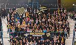 ***BETALBILD***  <br /> Stockholm 2015-09-19 Ishockey SHL Djurg&aring;rdens IF - Skellefte&aring; AIK :  <br /> Skellefte&aring;s supportrar under matchen mellan Djurg&aring;rdens IF och Skellefte&aring; AIK <br /> (Foto: Kenta J&ouml;nsson) Nyckelord:  Ishockey Hockey SHL Hovet Johanneshovs Isstadion Djurg&aring;rden DIF Skellefte&aring; SAIK supporter fans publik supporters