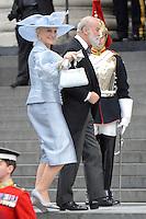 LONDRES, INGLATERRA, 05 DE JUNHO 2012 - JUBILEU DE DIAMANTE DA RAINHA ELIZABETH - Michael e Kent chegam a Catedral de Sao Paulo durante o Jubileu de Diamante da Rainha Elizabeth em Londres capital do Reino Unido, nesta terça-feira, 05. (FOTO: BILLY CHAPPEL / ALFAQUI / BRAZIL PHOTO PRESS)