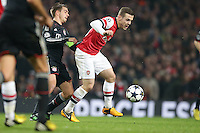 19.02.2013, Emirates Stadion, London, ENG, UEFA Champions League, FC Arsenal vs FC Bayern Muenchen, Achtelfinale Hinspiel, im Bild, Jack WILSHERE (FC Arsenal London - 10) gegen Philipp LAHM (FC Bayern Muenchen - 21) // during the UEFA Champions League last sixteen first leg match between Arsenal FC and FC Bayern Munich at the Emirates Stadium, London, Great Britain on 2013/02/19. EXPA Pictures © 2013, PhotoCredit: EXPA/ Eibner/ Gerry Schmit..***** ATTENTION - OUT OF GER *****