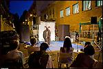 Gocce di teatro. Performance teatrale della Compagnia Giallopalo di fronte ai Bagni Pubblici di via Agliè. Luglio 2012
