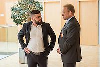 """Abgeordnete der Linkspartei im Deutschen Bundestag luden den ukrainischen Politiker Vasily Volga vom neugegruendeten Zusammenschluss linker Organisationen und Parteien in der """"Allianz Linker Kraefte"""" (ALK) zu einem Fachgespraech ueber die Situation in der Ukraine ein. Vasily Volga, Vorsitzender der ALK, beschrieb die weitreichenden Folgen der Privatisierungen und steigende Armut in seinem Land. Der Zusammenschluss sucht die Kooperation mit westeuropaeischen Linken, tritt fuer einen neutralen Status der Ukraine ein und fordert ein Sofortprogramm gegen die zunehmende Armut in der Ukraine. Die ALK ist in der Ukraine seit ihrer Gruendung im Fruehjahr 2016 Angriffen ausgesetzt. Vasily Volga, ehemaliger Abgeordneter der Partei """"Werchowna Rada"""", wurde bei einem dieser Angriffe selbst verletzt.<br /> Im Bild vlnr.: Sergej Kirichuk von der ukrainischen Organisation Borotba; Vasily Volga, ALK.<br /> 24.5.2016, Berlin<br /> Copyright: Christian-Ditsch.de<br /> [Inhaltsveraendernde Manipulation des Fotos nur nach ausdruecklicher Genehmigung des Fotografen. Vereinbarungen ueber Abtretung von Persoenlichkeitsrechten/Model Release der abgebildeten Person/Personen liegen nicht vor. NO MODEL RELEASE! Nur fuer Redaktionelle Zwecke. Don't publish without copyright Christian-Ditsch.de, Veroeffentlichung nur mit Fotografennennung, sowie gegen Honorar, MwSt. und Beleg. Konto: I N G - D i B a, IBAN DE58500105175400192269, BIC INGDDEFFXXX, Kontakt: post@christian-ditsch.de<br /> Bei der Bearbeitung der Dateiinformationen darf die Urheberkennzeichnung in den EXIF- und  IPTC-Daten nicht entfernt werden, diese sind in digitalen Medien nach §95c UrhG rechtlich geschuetzt. Der Urhebervermerk wird gemaess §13 UrhG verlangt.]"""