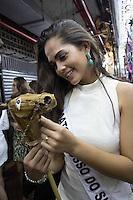 BELO HORIZONTE, MG, 16.08.2013 MISS BRASIL 2013 – Miss Mato Grosso do Sul, Patrícia Isabel Candidatas ao Miss Brasil 2013 aos principais cartões postais de Belo Horizonte, no Mercado Municipal de Belo Horizonte (Mercado Central), nesta tarde de quinta-feira (19) (Foto: Marcos Fialho / Brazil Photo Press).
