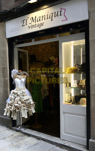 Dress made of paper outside shop in Barcelona, Spain, on Wednesday September 16th 2015<br /> CAP/ROS<br /> &copy;ROS/Capital Pictures