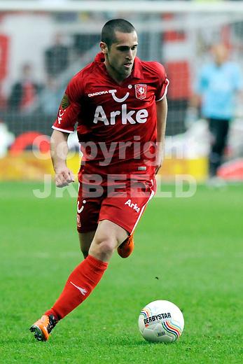 ENSCHEDE - voetbal, FC Twente - PSV, eredivisie ,Grolsch Veste, seizoen 2010-2011, 02-04-2011   FC Twente speler Emir Bajrami.