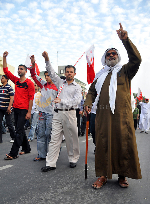 Bahraini protesters march in the capital Manama, Bahrain, 01 March 2011. Thousands of protesters took part in an opposition rally from within the capital Manama, Bahrain to Lulu Square to renew demands for removing the government, have a new constitution written, and emphasize unity among Sunni and Shiite Muslims. Bahrain has been hit by a wave of protests calling for reforms since 14 February 2011 that has lead to the death of seven people and left hundreds injured. Photo by Ammar A.rasool