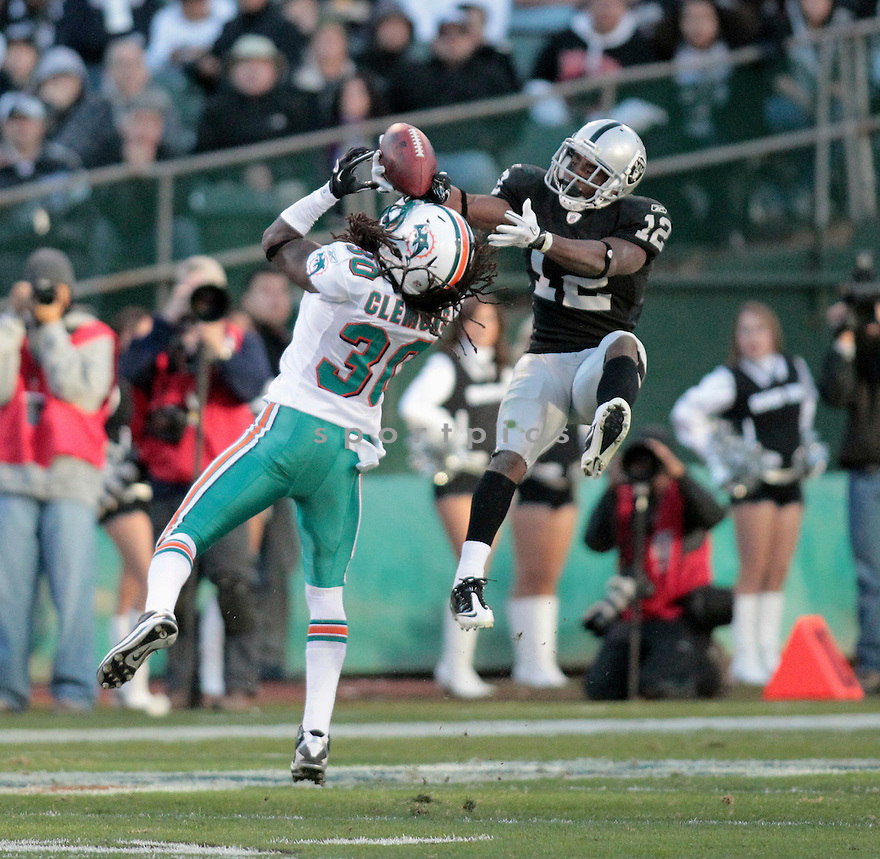 JACOBY FORD, of the Oakland Raiders in action durIng the Raiders game against the Miami Dolphins at Oakland-Alameda County Coliseum in Oakland, California, on November 28, 2010....Dolphins beat the Raiders 33-17
