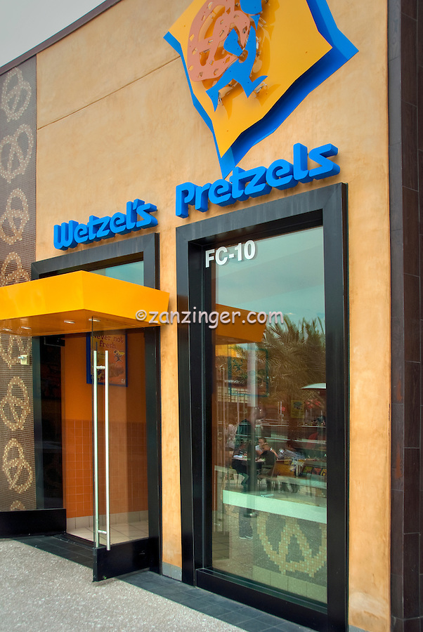 Wetzel's Pretzels, Food Court, Santa Monica Place, Santa Monica, CA; Dining, Fast Food, restaurant, Vertical