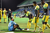 MONTERIA - COLOMBIA, 06-08-2018: Claider Alzate (Der) jugador de Jaguares de Córdoba discute con jugadores de Leones F.C. durante partido por la fecha 3 de la Liga Águila II 2018 jugado en el estadio Municipal de Montería. / Cleider Alzate (R) player of Jaguares of Cordoba discuss with players of Leones F.C. during a match for the date 3 of the Liga Aguila II 2018 at the Municipal de Monteria Stadium in Monteria city. Photo: VizzorImage / Andres Felipe Lopez / Cont