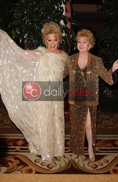 Ruta Lee and Debbie Reynolds<br />at the Thalians 50th Anniversary Gala. Hyatt Regency Century Plaza Hotel, Century City, CA. 10-08-05<br />Dave Edwards/DailyCeleb.com 818-249-4998