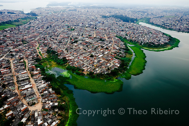 "Aerial view of the slums that cover huge illegally-occupied-areas on the shores of São Paulo's most important fresh-water-reservoir, the ""Represa Billings. São Paulo, São Paulo, Brazil, Wednesday, May 14, 2008."