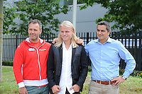 SCHAATSEN: LIJNDEN: 15-07-2014, Presentatie Koen Verweij Schaatsteam Corendon, v.l.n.r. Corendon directeur Atilay Uslu, Koen Verweij, Jan van Veen (trainer/coach), ©foto Martin de Jong