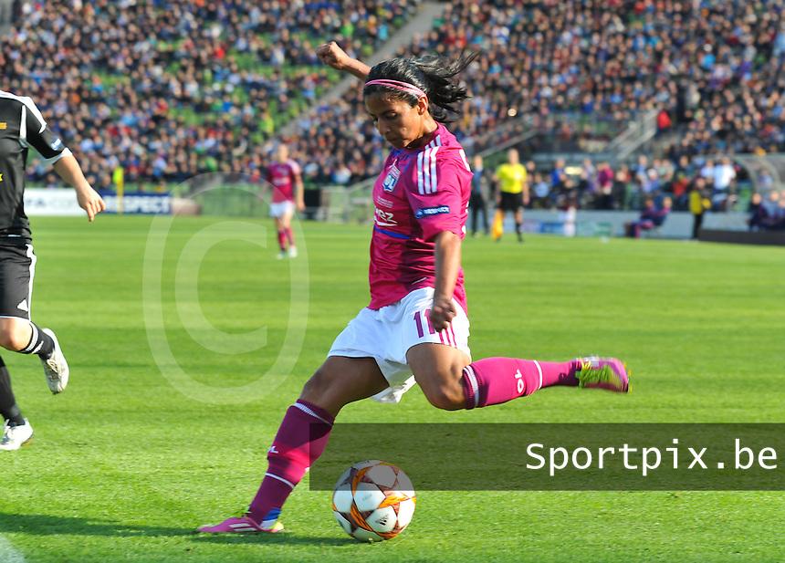 Uefa Women 's Champions League Final 2012 at Olympiastadion Munchen : Olympique Lyon -  FC Frankfurt : Shirley Cruz .foto DAVID CATRY / JOKE VUYLSTEKE / Vrouwenteam.be