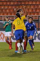 ATENÇÃO EDITOR FOTO EMBARGADA PARA VEÍCULOS INTERNACIONAIS - SAO PAULO, SP, 13 DE DEZEMBRO DE 2012 - TORNEIO INTERNACIONAL CIDADE DE SÃO PAULO - BRASIL x MEXICO: Rosana comemora gol durante partida Brasil x Mexico, válido pelo Torneio Internacional Cidade de São Paulo de Futebol Feminino, realizado no estádio do Pacaembú em São PauloFOTO: LEVI BIANCO - BRAZIL PHOTO PRESS