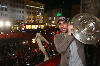 10.05.2014, Marienplatz, Muenchen, GER, 1. FBL, FC Bayern Muenchen Meisterfeier, im Bild Josep Guardiola, head coach of Bayern Muenchen celebrates winning the German championship title Josep Guardiola, // during official Championsparty of Bayern Munich at the Marienplatz in Muenchen, Germany on 2014/05/11. EXPA Pictures © 2014, PhotoCredit: EXPA/ Eibner-Pressefoto/ EIBNER<br /> <br /> *****ATTENTION - OUT of GER***** <br /> Football Calcio 2013/2014<br /> Bundesliga 2013/2014 Bayern Campione Festeggiamenti <br /> Foto Expa / Insidefoto