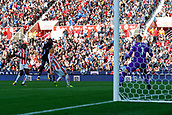 9th September 2017, bet365 Stadium, Stoke-on-Trent, England; EPL Premier League football, Stoke City versus Manchester United; Romelu Lukaku of Manchester United fires a shot at goal and Jack Butland of Stoke City saves with his feet
