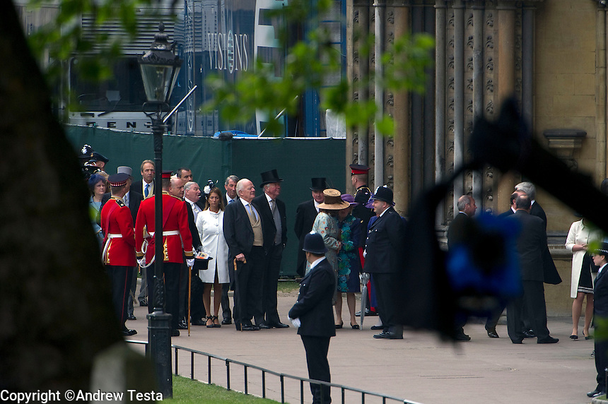 UK. London. 29th April 2011..Guests arrive at Westminster Abbey..©Andrew Testa for the New York Times..